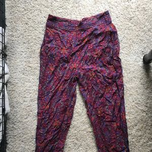 Never worn Urban Outfitter Jogger with pockets